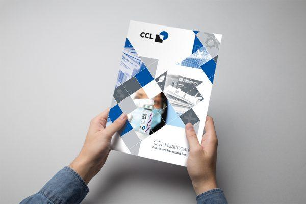 Cover und Layout der Imagebroschüre CCL Healthcare